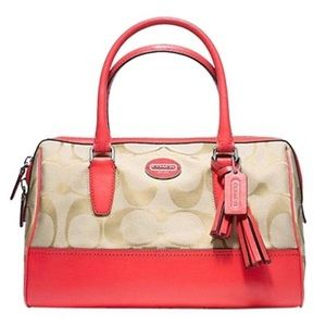 LIKE NEW❗️AUTHENTIC COACH LEGACY HALEY 23575